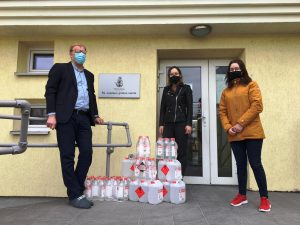 Rotaract klubo parama dezinfekciniu skysčiu